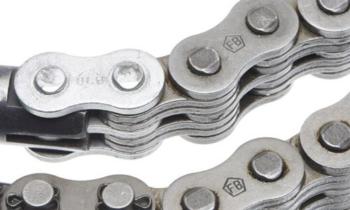 Why the right lubrication matters for the service life of leaf chain